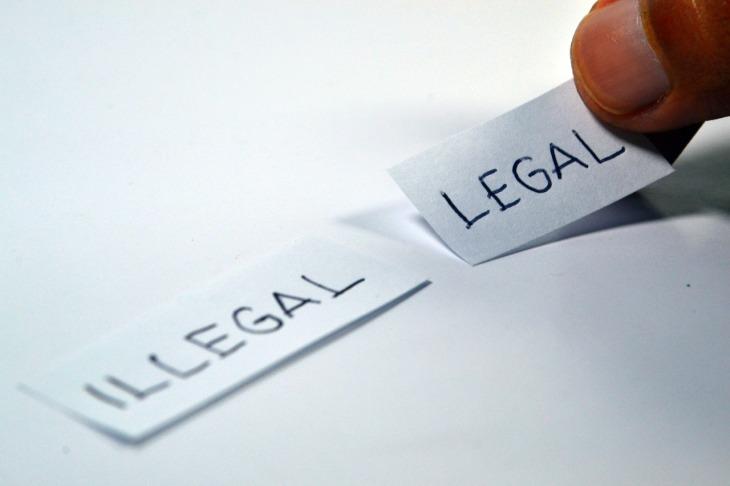 legal-1143114_1280(1)