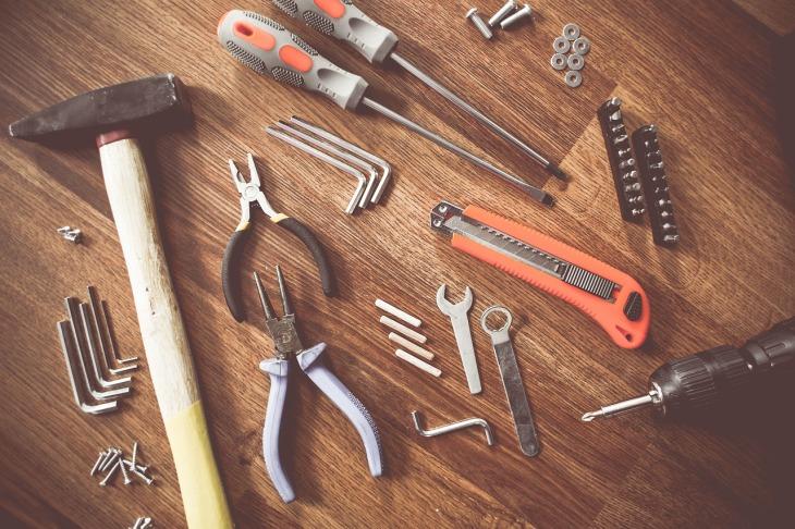 tools-864983_1280 (1)